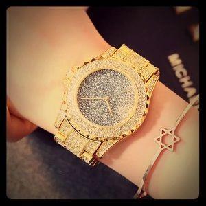 Accessories - Rhinestone Crystal Wrist Watch ⌚️